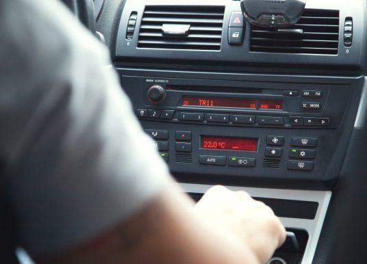 Conseils sur le choix du meilleur service de location de voitures spécialisé dans les véhicules de luxe